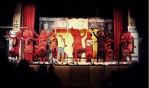 Actuación de la chirigota '¡Los chorizos, al infierno!'