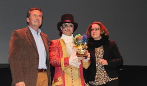 El pregonero con el alcalde y Concejal de Punta