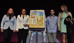 La Alcaldesa, Tte. Alcalde de Festejos, el autor del cartel y Pta. Asoc. Juan Bosco de Pozo del Camino