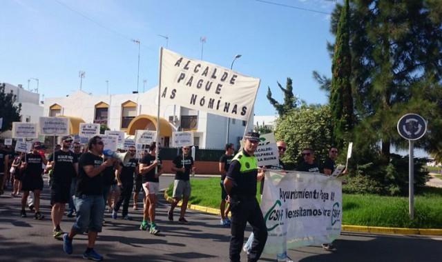 manifestación por impagos Ayuntamiento de Ayamonte