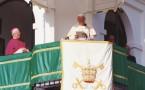 Juan Pablo II desde el balcón del santuario del Rocío