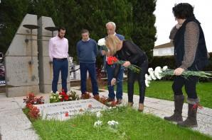 El equipo de gobierno se desplazó al Cementerio de Huelva