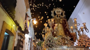 Intenso fin de fiesta en Cartaya con la procesión de la Virgen del Rosario