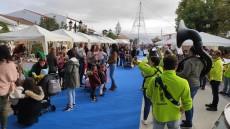 La Muestra de Artesanía & Mercadillo Gastronómico inunda Villablanca de Navidad
