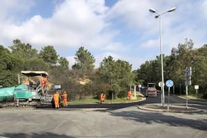 Islantilla acomete obras de mejora de asfaltado y labores de debroce