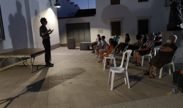 Cuentos, pintura y música durante la 'Noche en Vela' de Puebla de Guzmán