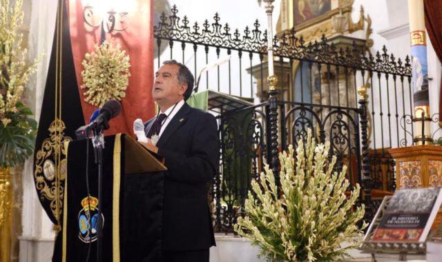 Enrique Arroyo presentó su última obra 'El misterio de Nuestra Fe'