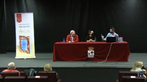 Isla Cristina acoge la presentación del libro 'Así no. Errores al conocer a alguien'