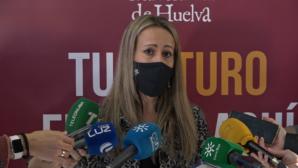La delegada de la Junta lamenta la agresión a la directora del IES Saltés de Punta Umbría