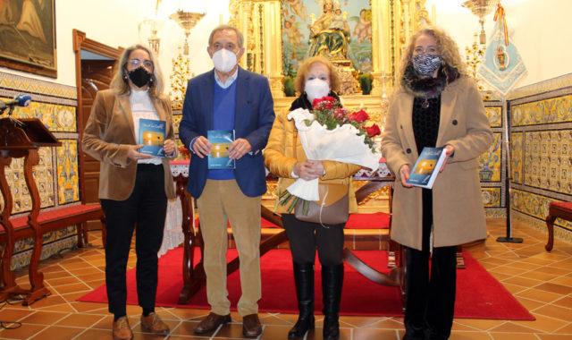 Emilio Palacios presentó su libro 'Desde mi orilla'