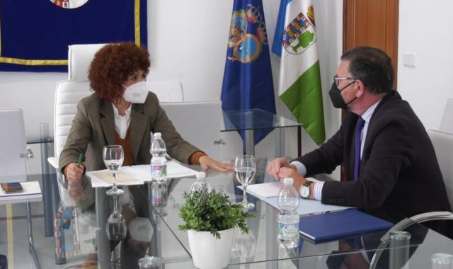 María Eugenia Limón destaca la unión de la Diputación con los pueblos del Andévalo