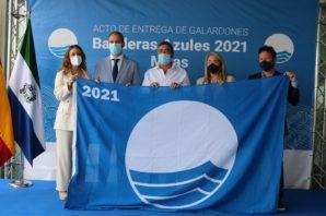 El Ayuntamiento de Cartaya recoge las Banderas azules de El Rompido y Nuevo Portil